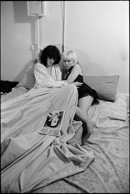Debbie Harry and Joey Ramone by Roberta Bayley. NYC, 1977