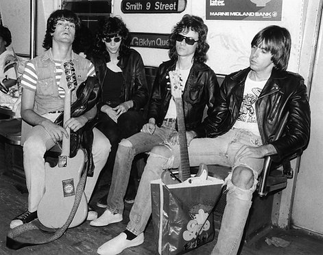 Ramones by Bob Gruen. NYC, 1975