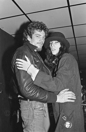 Patti Smith with Robert Mapplethorpe. Max Kansas City - New York City, 1978