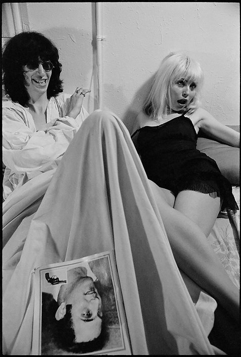 Debbie Harry with Joey Ramone in Bed. NYC, 1978