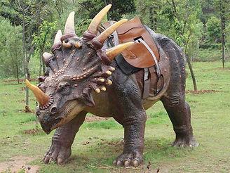 dino reiten styracosaurus