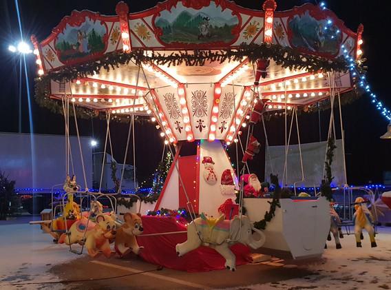 Weihnachtsmarkt Karussell