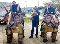 Dinosaurier Reiten
