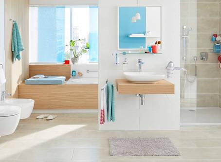 تنظيف وتعقيم الحمامات والمغاسل