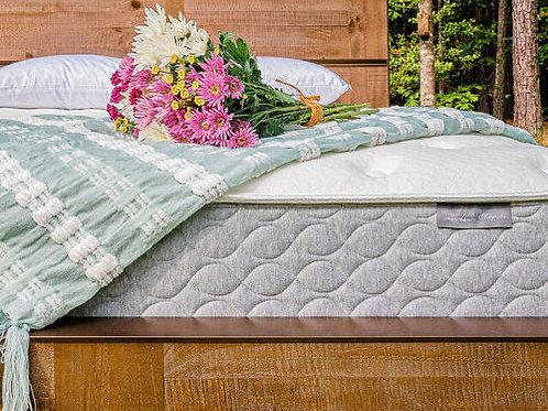 The Magnolia (hybrid mattress)