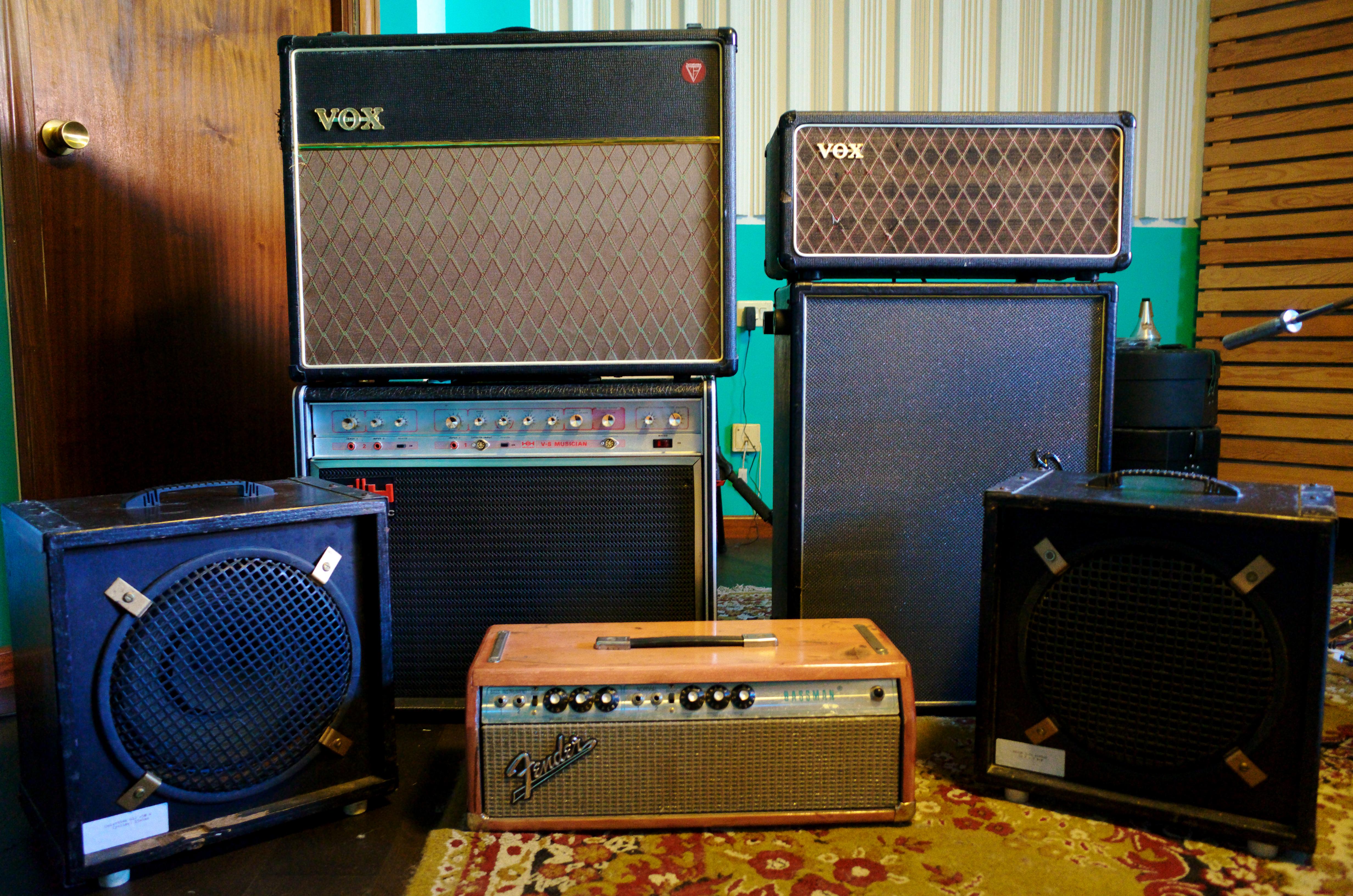 Guitar amplifiers