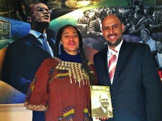 Co-autor y Vice Presidente del periodismo de la Rede Record es bienvenido por el ONU y Medios de Com
