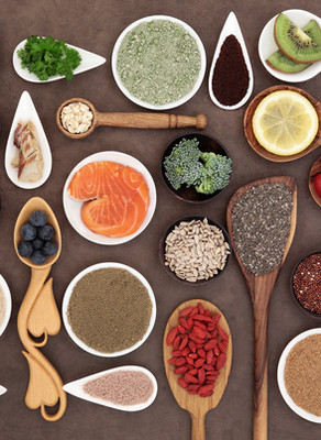 EXERCISE & SPORTS NUTRITION