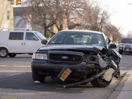 4 Good Reasons To Contact A Lawyer Right After A Car Accident