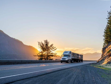 18 Wheeler Accident Settlements: Everything to Know