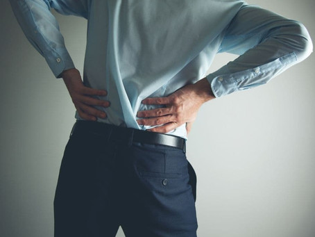 Lower Back Pain When Walking: What Are the Causes and How Is It Treated?