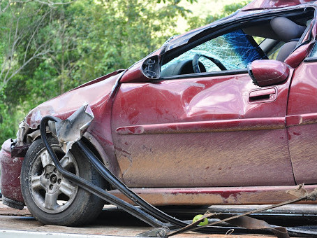 What You Should Do After Being Involved In A Car Crash: 8 Important Things