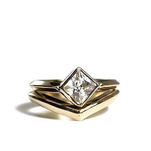 Dema Ring