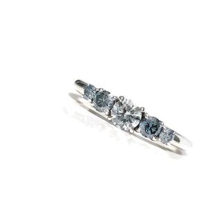 Blue Diamond Ring in white gold