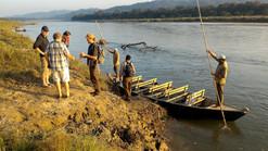 Sightseeing boat ride in Chitwan.jpg