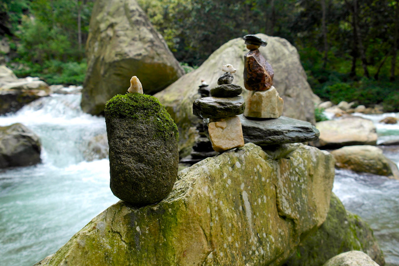 Caerns on the river.jpg