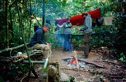 Camp de jungle en Arunachal.JPG