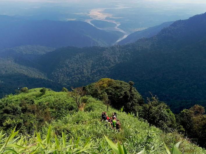 Start of the jungle trail.jpg