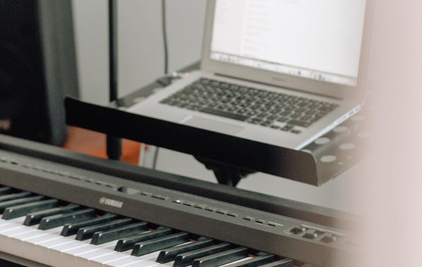 Teaching piano in the era of Covid-19: how a university professor transitioned to online instruction