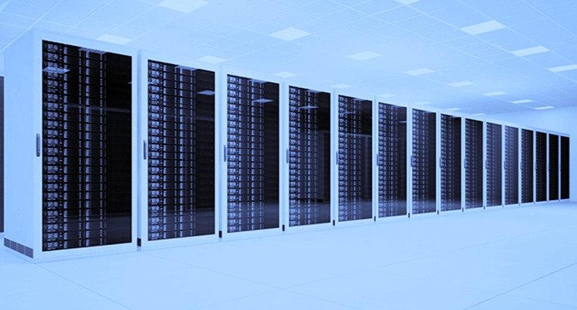 datacenter-rcs-2_edited.jpg