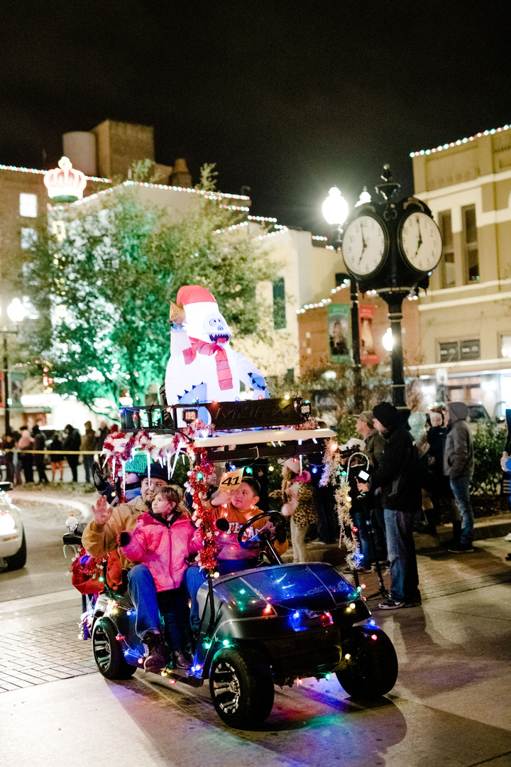 Downtown-Bryan-Christmas-Parade-2018-121