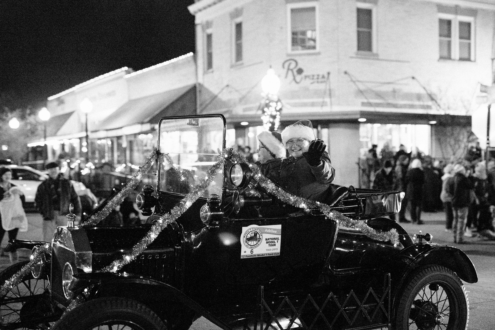 Downtown-Bryan-Christmas-Parade-2018-15.