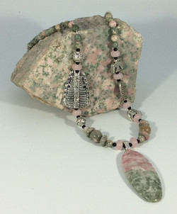 GRogers pink n green necklace