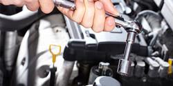 repairing-car