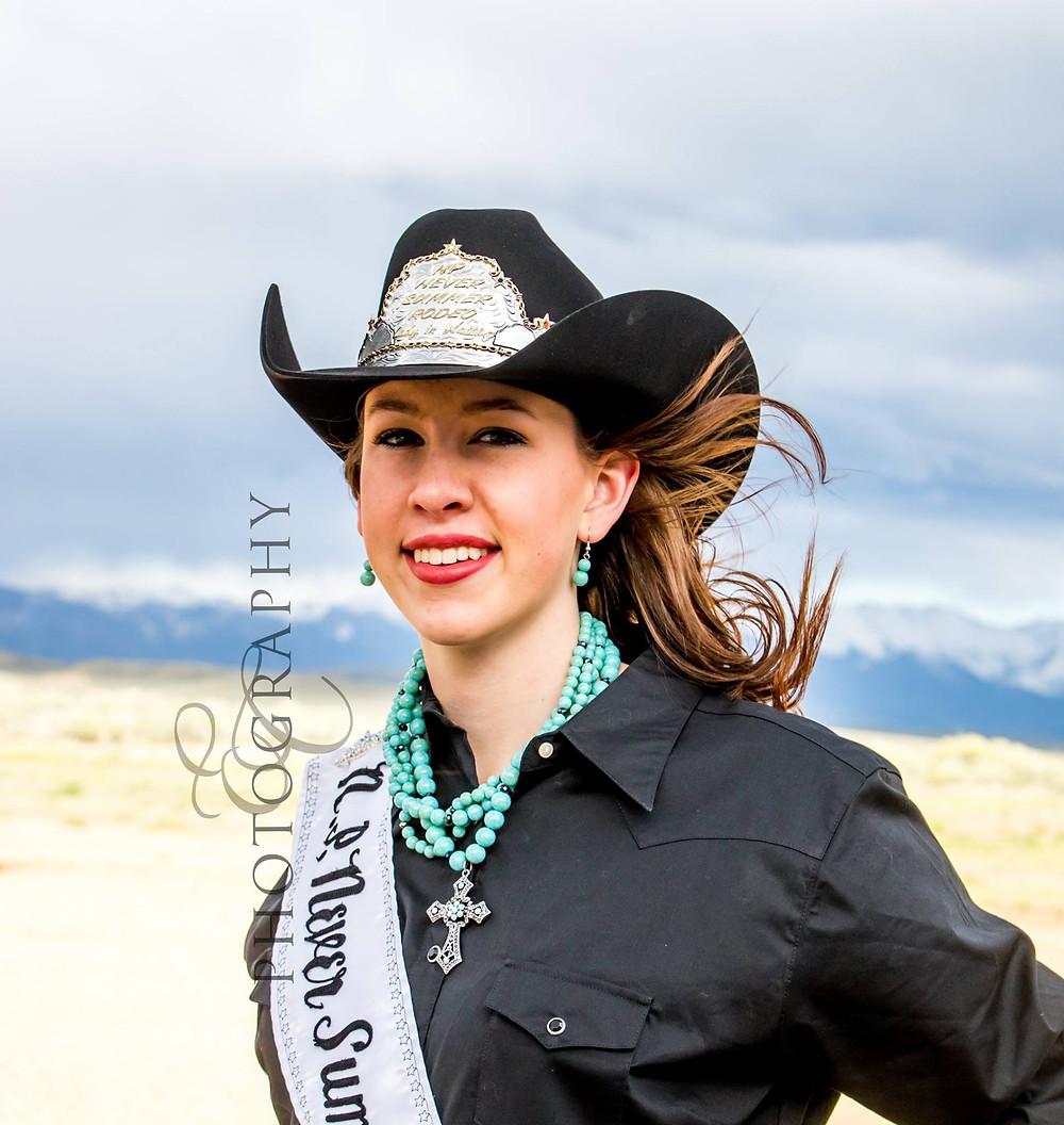 Shaianna Sabata, photo by Erin Christine Photography