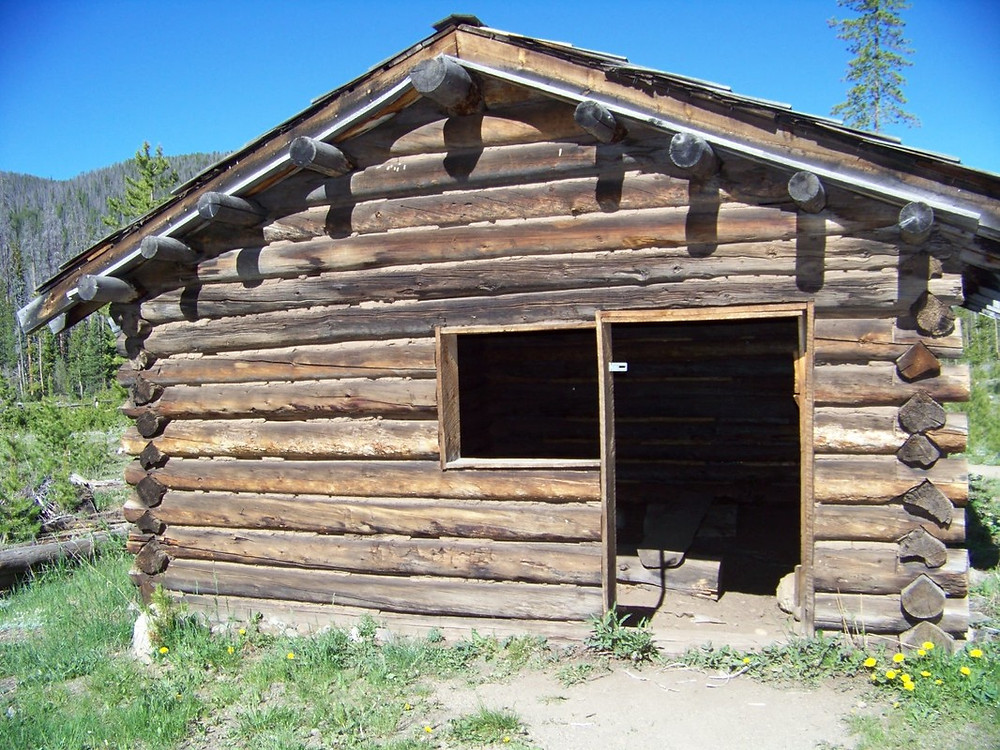 Teller City cabin, picture by Chris Jackson