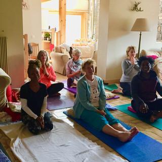 Yoga Uxello 2018.jpg
