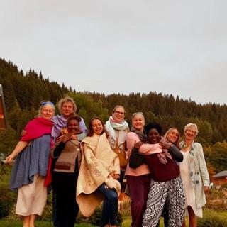 Group Uxellojpg.jpg