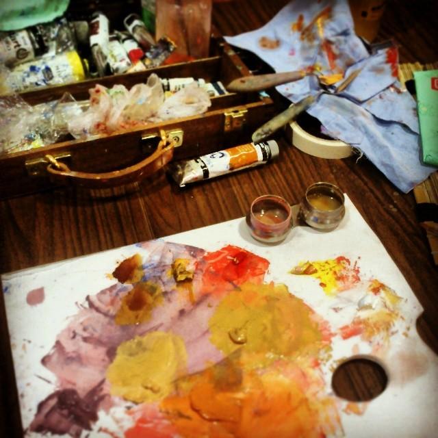Instagram - Maletines llenos de proyectos en forma de tubos #alcobendas #pintura