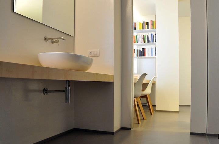 Pavimento in resina e mobile bagno, interior design, Pavimenti Pavia, piastrelle Pavia, arredo bagno Pavia, parquet Pavia
