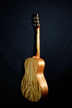 AdamCHAN Guitars #013 - 08.jpg