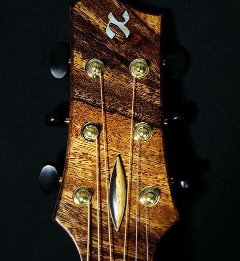 About AdamCHAN Guitars