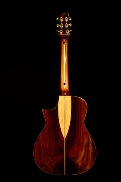 AdamCHAN Guitars 149.jpg