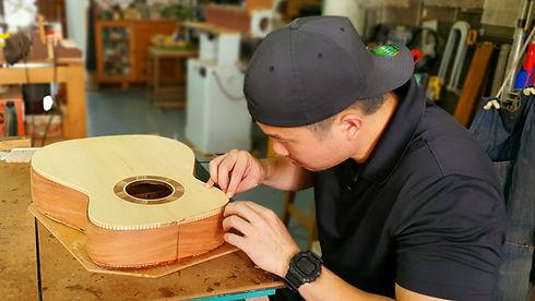 AdamCHAN Guitars 437.jpg