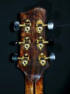 AdamCHAN Guitars #009-010.jpg