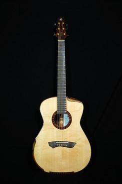 AdamCHAN Guitars #009-01.jpg