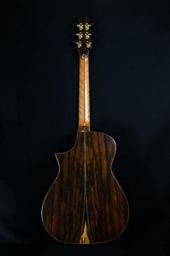 AdamCHAN Guitars #015-02.jpg