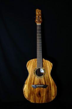 AdamCHAN Guitars Monkeypod 4.jpg