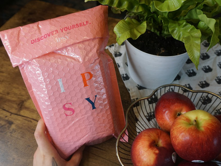 Ipsy: Monthly Makeup Subscription