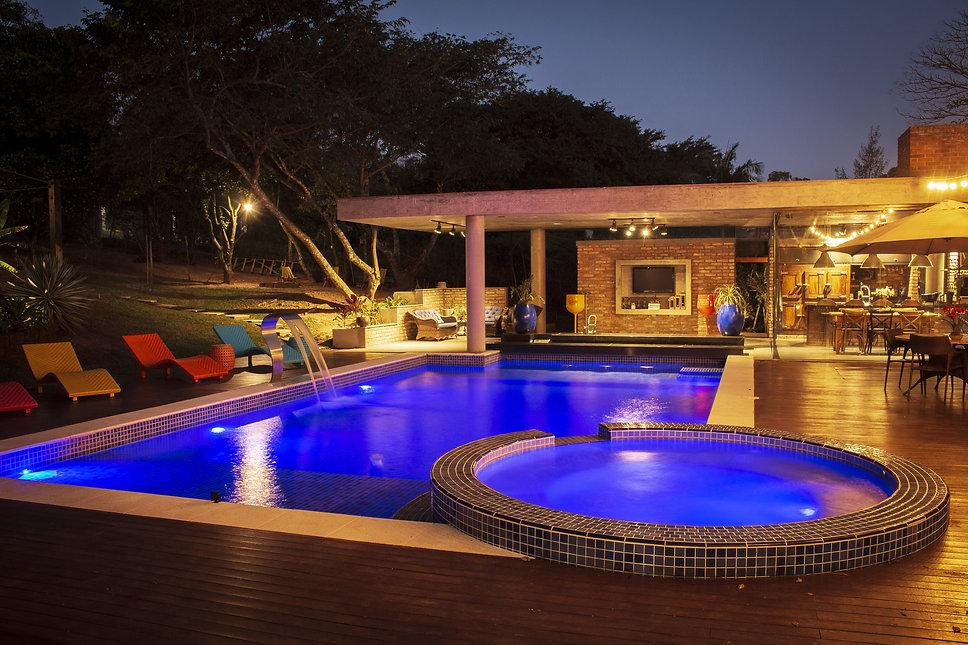 piscina colorida