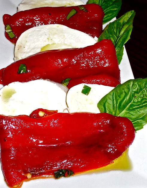 BUFALO MOZARELLA & FIRE ROASTED PEPPERS_