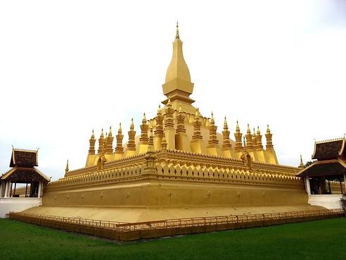 Wat-Pha-That-Luang-in-Vientiane.jpg.webp