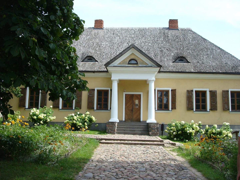 Nowogródek_dom_muzeum_A_Mickiewicza.JP