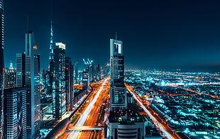 dubai-7586x4021-cityscape-night-4k-8k-12