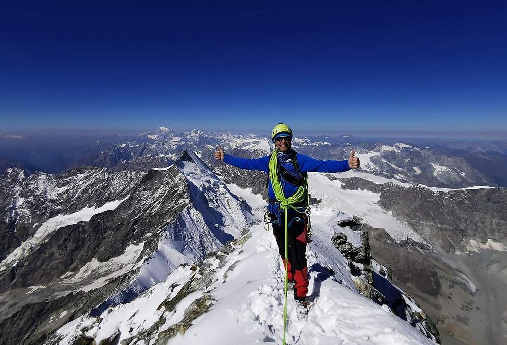 Na vrhu Matterhorna (4478 m).