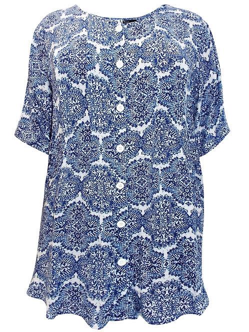 Ornamental blue & white paisley blouse size 22 24 26